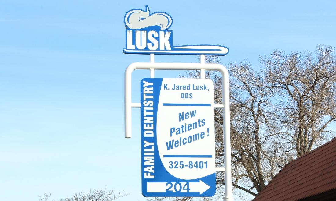 Lusk Family Dentistry sign | dentist farmington nm